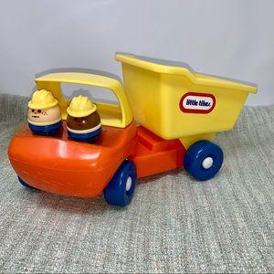 Little Tikes Dump Truck w/2 Men